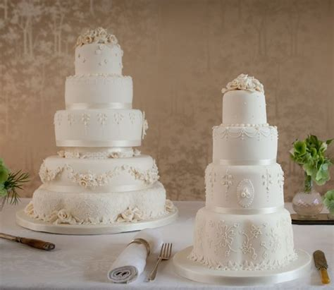 Wedding Anniversary Ideas Cairns by 1000 Images About Lambeth On Cake Decorating