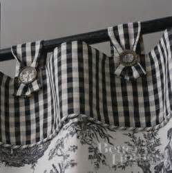 Black And White Gingham Curtains Gingham And Toile Window Treatments Flats