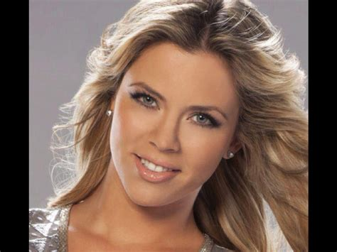 imagenes de actrices negras de hollywood ximena duque crossed over to hollywood