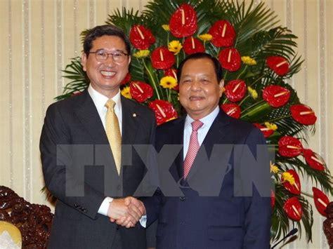 Rok Live Rok Printing Rok Seifuku hcm city embraces rok businesses expats news vietnamnet