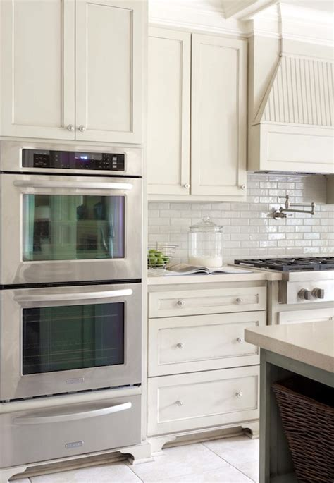 ivory white kitchen cabinets cream quartz countertops design ideas