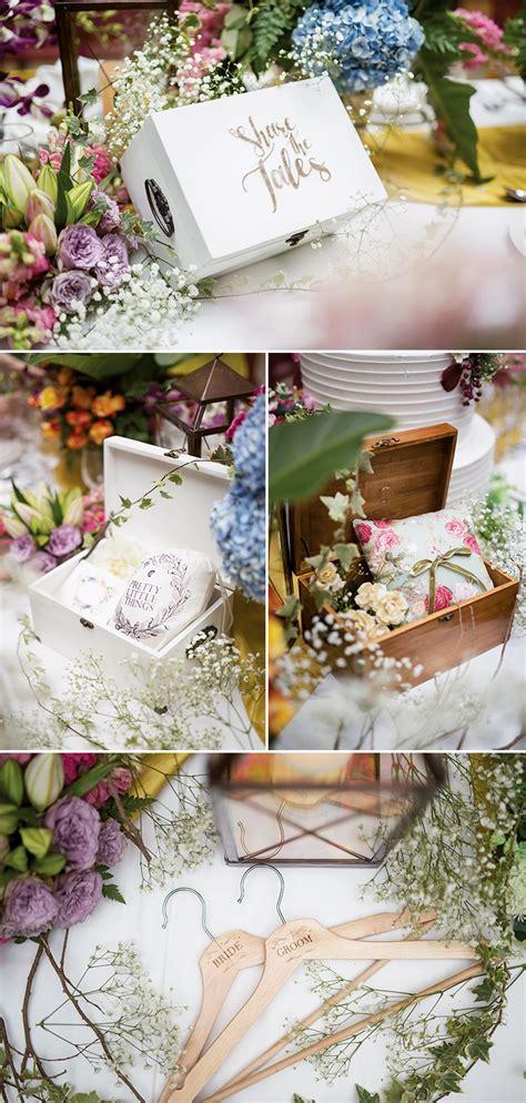 Tulisan Kayu Keep Simple a beautiful day with colorful rustic weddingku