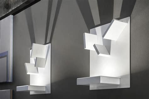 lada a parete design comodini domino domino lada a parete di design con elementi