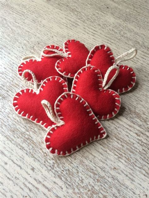 Handmade Hearts Crafts - 25 best ideas about felt hearts on hanging