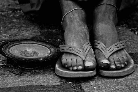imagenes zapatos blanco y negro fotos gratis mano zapato en blanco y negro fotograf 237 a