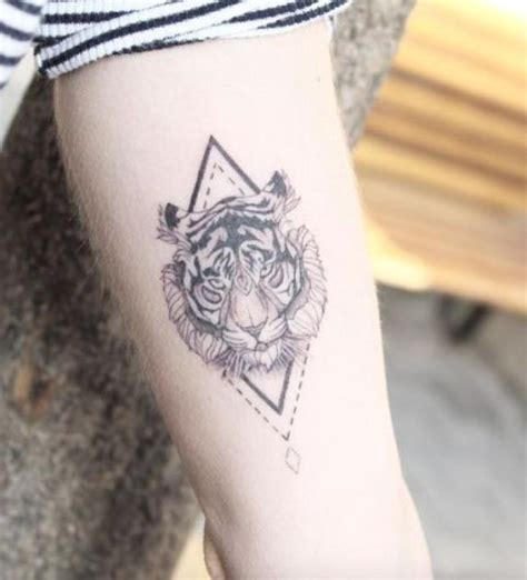picture of geometric tattoo on the arm
