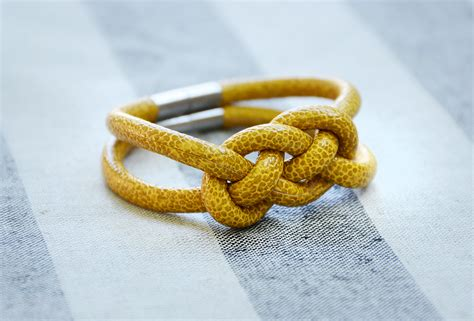 how to make rope jewelry how to make knotted rope bracelets