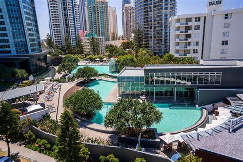 q1 resort facilities gold coast apartments