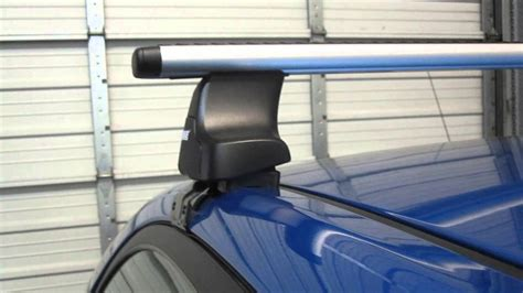 Thule 480r Traverse Aeroblade Roof Rack by Kia Spectra 4dr 05 09 With Thule 480r Traverse Aeroblade