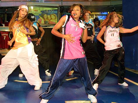 90s hip hop fashion women 15 important 90s hip hop fashion trends you might have