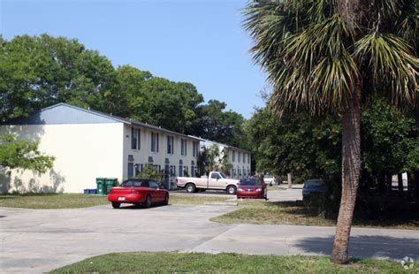 Garden Apartments Bradenton Fl Townhouse Park Apartments Rentals Bradenton Fl