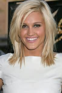med to lengh haircuts blonde medium length hairstyles blondelacquer
