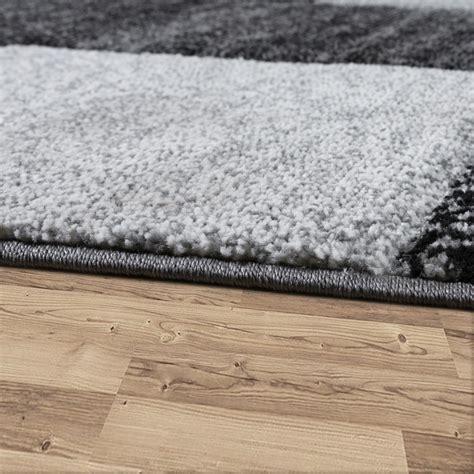 teppich grau mit muster teppich mit karo muster grau design teppiche