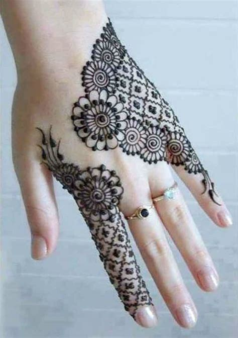 collection of 25 henna fashion 1000 ideas about mehndi designs for fingers on