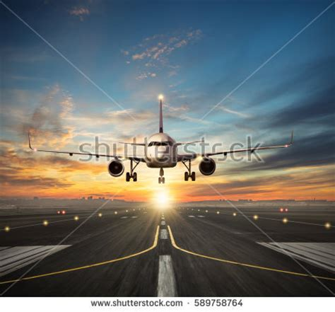 airplane landing lights airplane runway stock images royalty free images