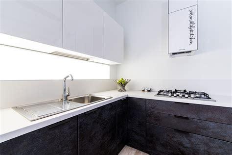 rinnovare piastrelle cucina excellent rinnovare la cucina con il bonus mobili with