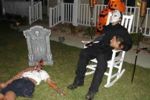 How To Decorate Yard For Halloween 25 Halloween Decorating Ideas For 2013 12 Interior