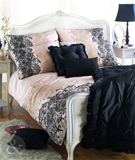 black bedding best 25 black bedding sets ideas on pinterest