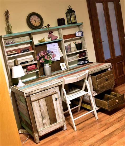 Antique Pallets Wood Desk With Shelves Desk Made Out Of Pallets