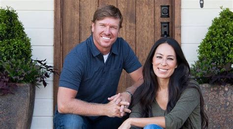 chip and joanna gaines book chip and joanna gaines new hillcrest estate vacation