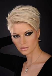 Short hairstyles for round fat faces and thin hair hollywood