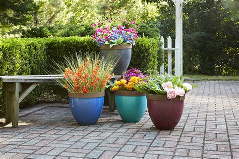 pots planters containers southern patio 174