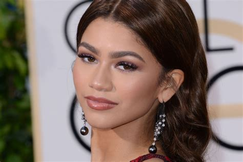zendaya biography facts zendaya biography wiki facts age weight height
