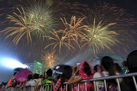 new year history tagalog happy new year 2016 s new year s fireworks