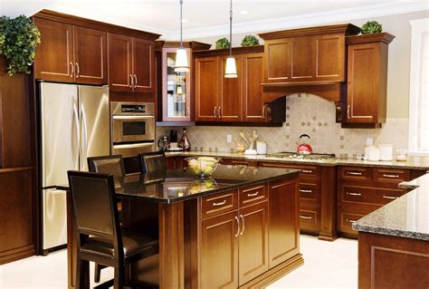 Kitchen Remodels Ideas by Remodeling A Small Kitchen For A Brand New Look Home