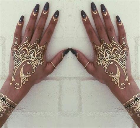 nail art with tattoo henna nails and gold henna things gold