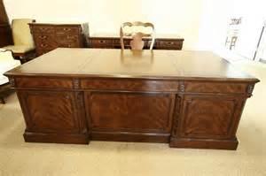 high top desk high end executive leather top desk mahogany desk