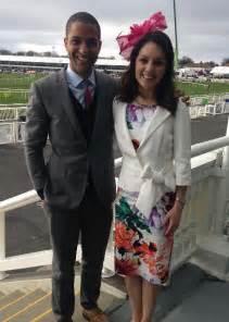 laura tobin husband married dress legs height