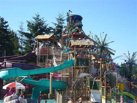 themes wa photos of kid friendly attraction wild waves themes park