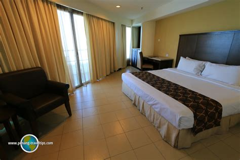 flamingo 2 bedroom suite flamingo hotel room review