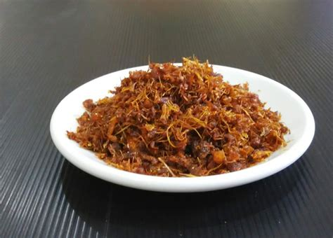 laysees kitchen crispy spices fried chicken ayam berempah