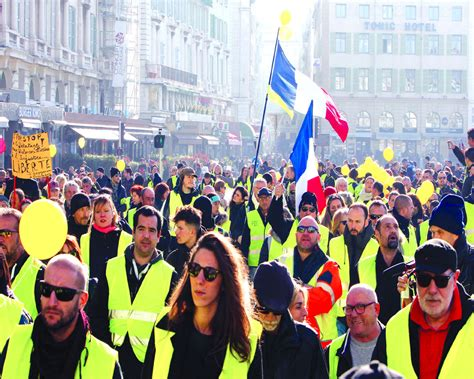 emmanuel macron yellow vests can macron survive yellow vest storm