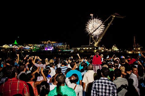 new year celebrations jhb cape town new years 2017 events fireworks and hotel