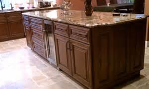 chocolate glaze kitchen cabinet pictures - white chocolate kitchen cabinets off white with chocolate glaze stunning kitchen cabinets