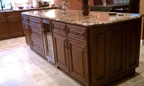 chocolate glaze kitchen cabinets chocolate glaze kitchen cabinet pictures