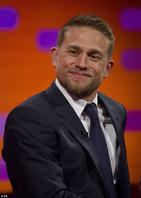 charlie hunnam buff charlie hunnam was happy to go naked for king arthur role