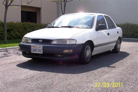 96 Kia Sephia by 1996 Kia Sephia Image 3