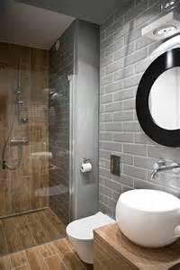 marvelous Amenagement Petite Salle De Bain 3m2 #2: 000-idee-amenagement-petite-salle-de-bain-salle-de-bain-6m2-sol-en-dalles-immitant-bois.jpg