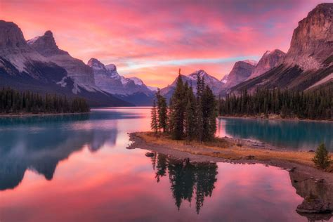 the canadian rockies a photographic tour books 15 amazing photography spots in the canadian rockies in