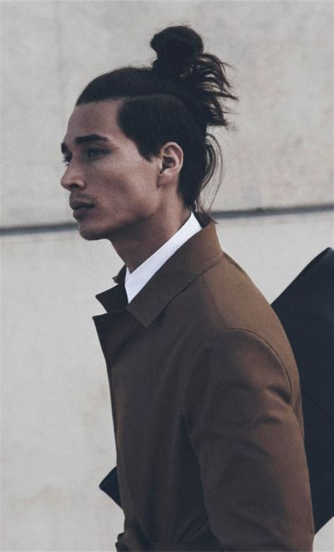 mens top knot hairstyle time 1000 images about undercut bun top knot on pinterest