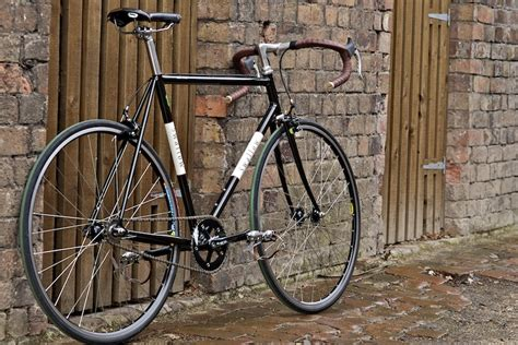 Handmade Bicycle Frames - great custom handbuilt frames from makers who can craft