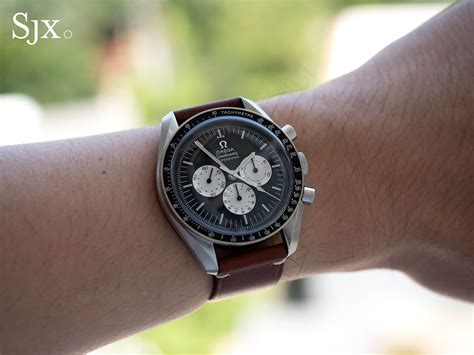 Living With the Omega Speedmaster ?Speedy Tuesday?   SJX Watches