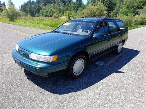 green ford station wagon green ford taurus station wagon pictures to pin on