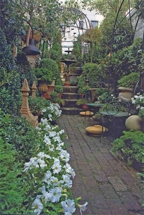 Italian Garden Design Ideas Italian Courtyard Garden Design Ideas Studio Design Gallery Best Design