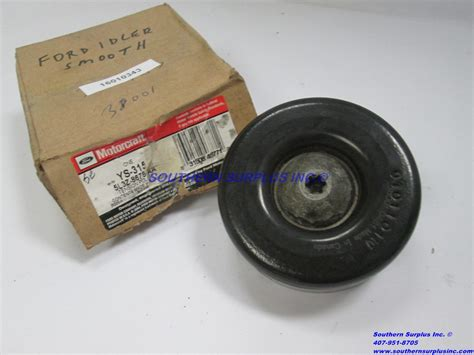oem motorcraft ys  drive belt idler tension pulley smooth ford lz  aa