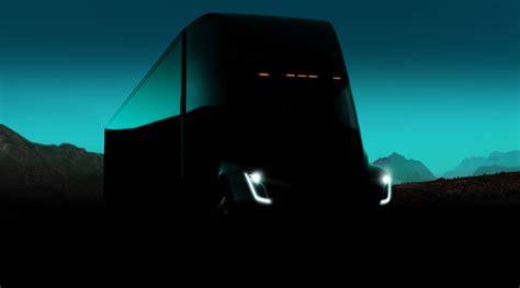Tesla Logistics Tesla Predstavio Električni šleper Semi Pluton